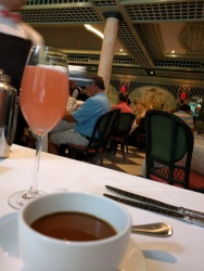 Watermelon Fizz & Coffee! Because you can't really brunch with out bubbles.